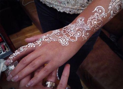Le henné blanc